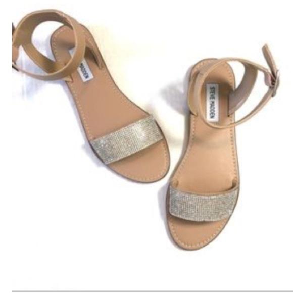 f96a1d8a91188b Steve Madden Deniza Rhinestone Sandals Size 8 NWOB.  M 5acebaa2331627352881347b